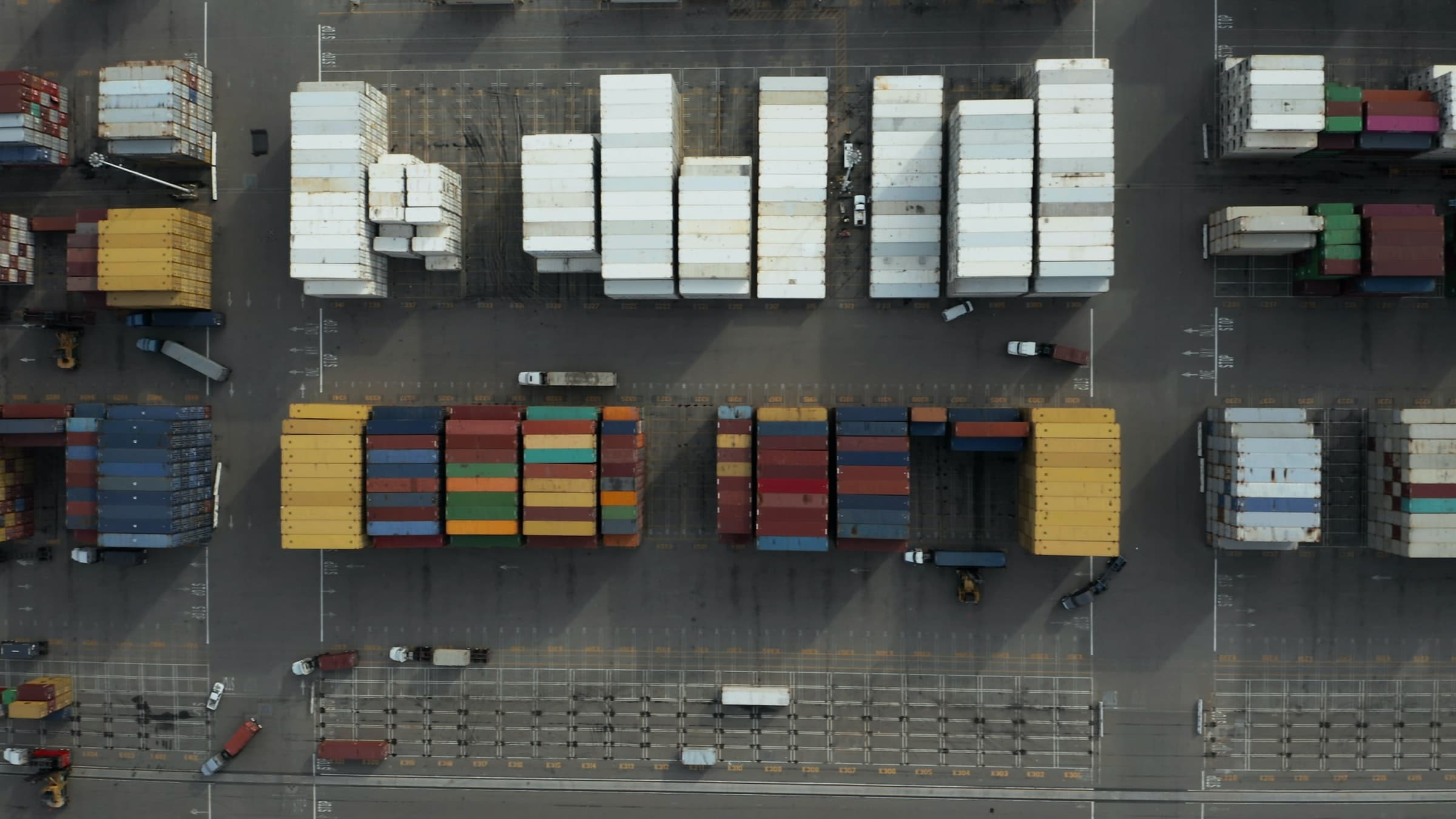 Aerial photo of a shipping yard with containers